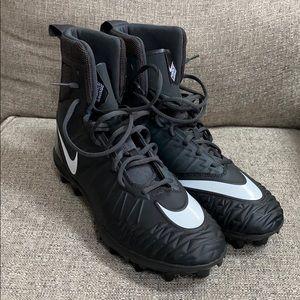 Nike Savage football cleats size 10.5 (Brand New)